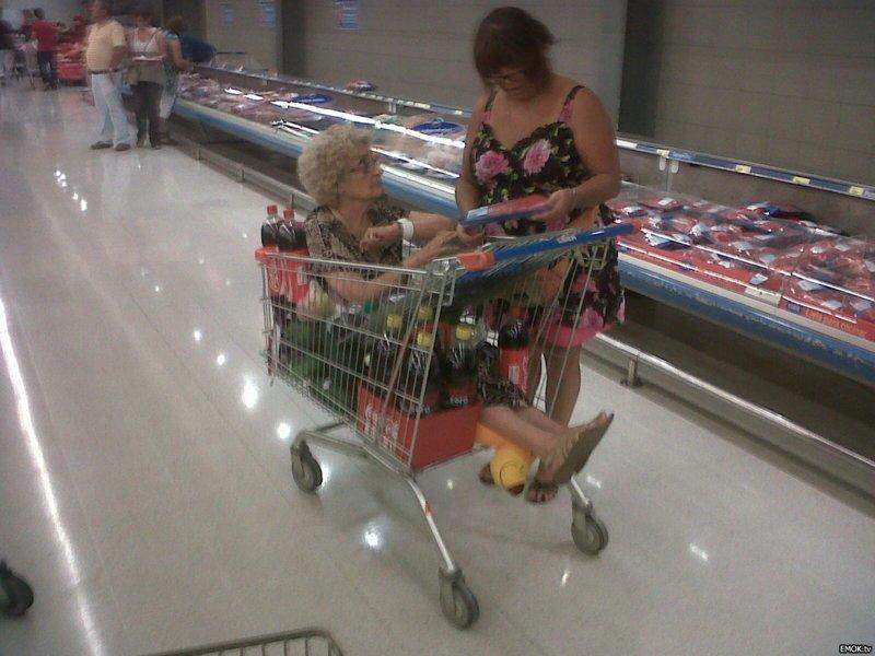 Смешнее всякой рекламы, могут быть только покупатели в супермаркетах. интересное, креативность, продукты, реклама, супермаркет, фото, юмор