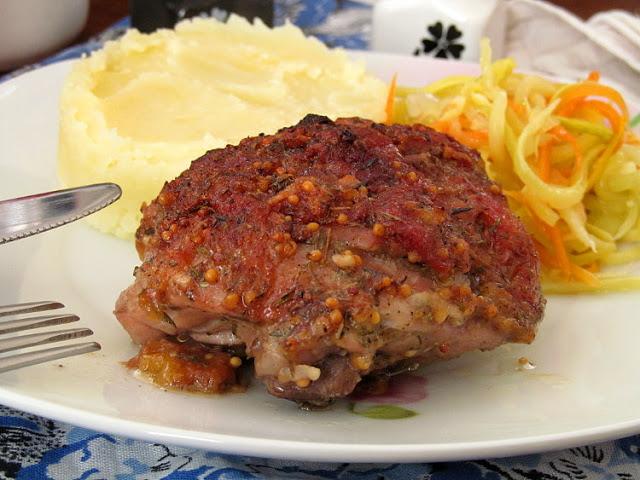 Куриные бедра запеченные в сливовом маринаде