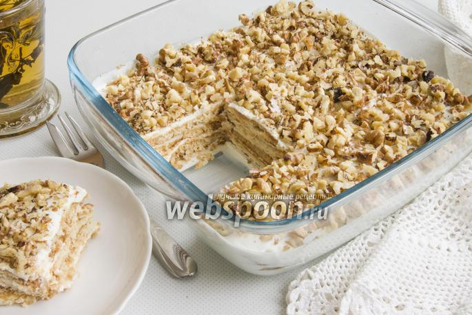 Десерт из сметаны и печенья