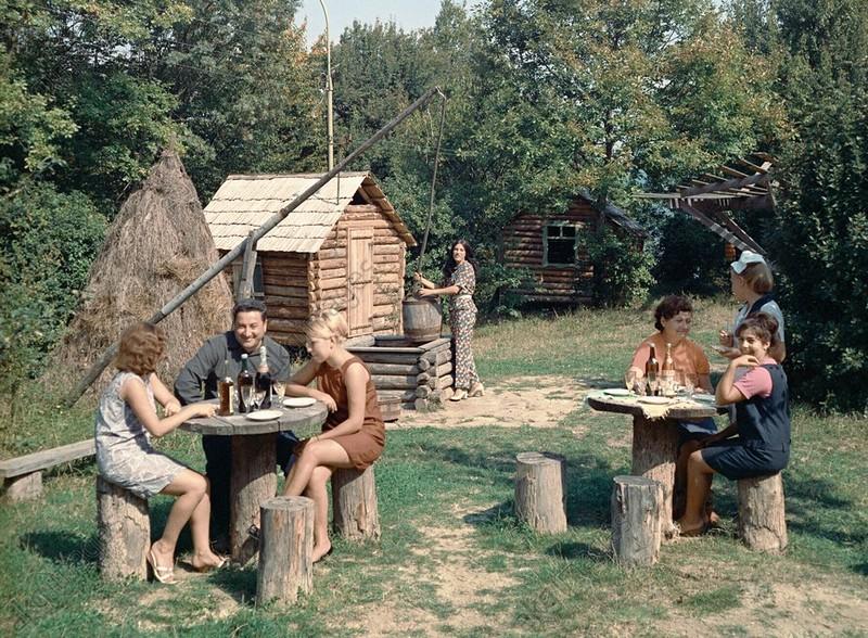 """Ресторан """"Зелёный попугай"""" В Сочи, 1978: СССР в фото, подборка"""