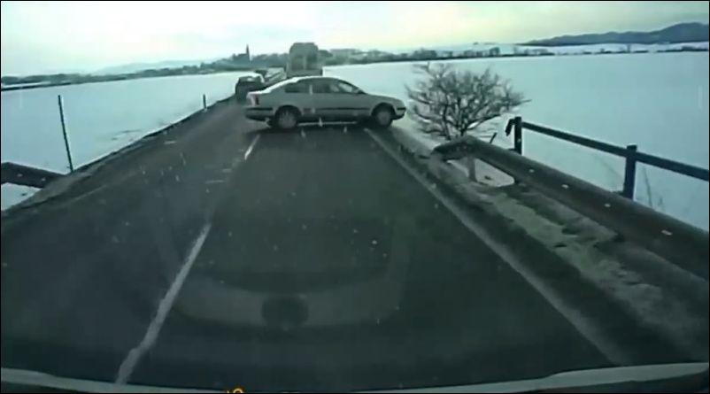 Когда водитель не пользуется…