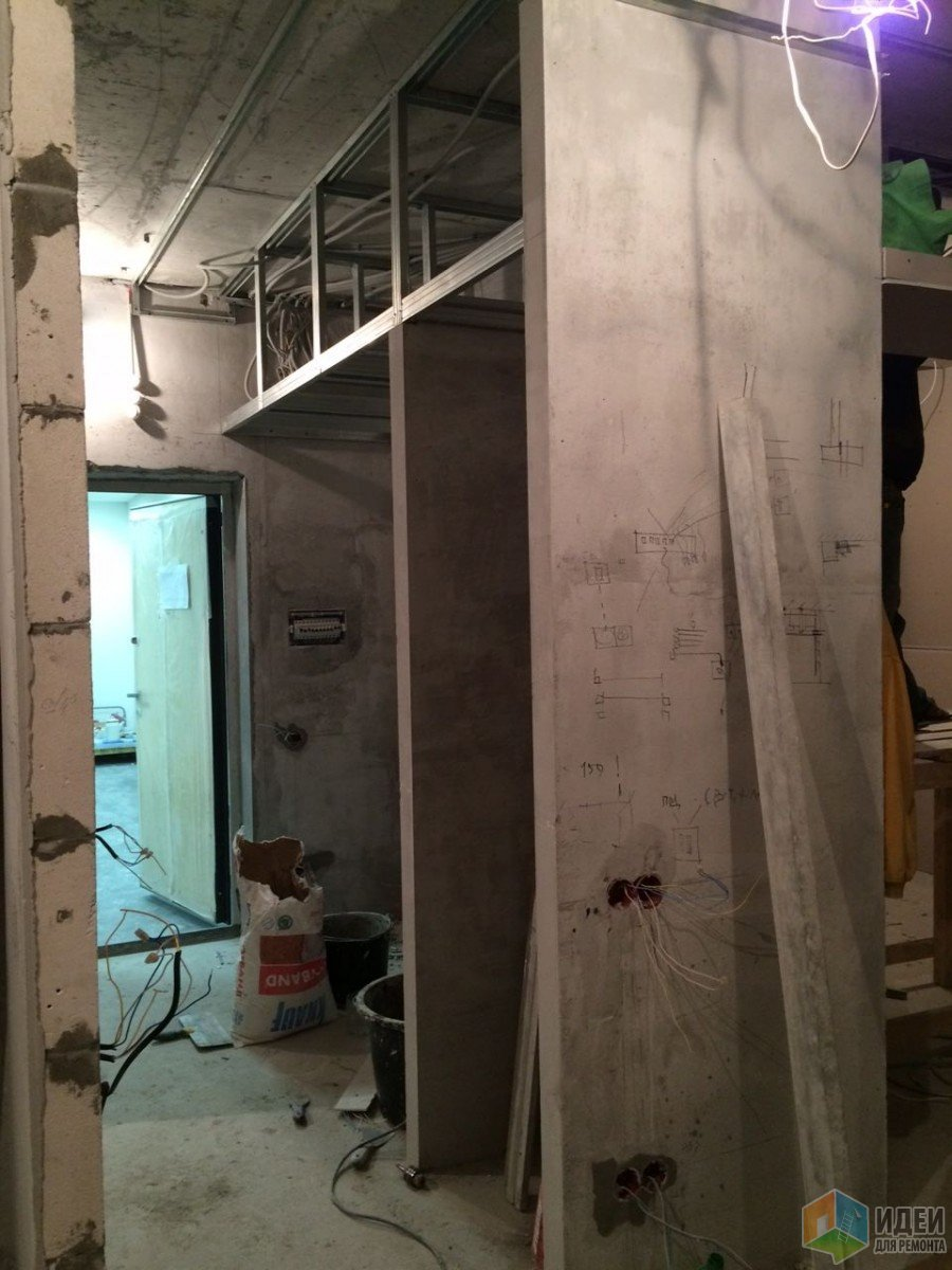 Монтаж стеновых шкафов и антресолей