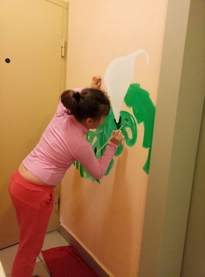 Я разрисовываю с детьми свою лифтовую площадку подъезд, рисунки, своими руками, сделай сам