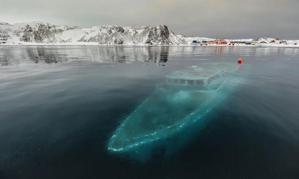 20-ships-which-were-forgotten-by-humans-artnaz-com-4