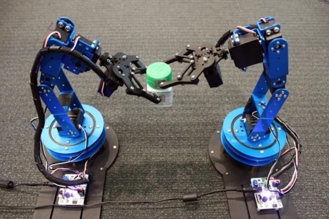 Роботов научили с беспрецедентной точностью отслеживать движущиеся предметы гаджеты