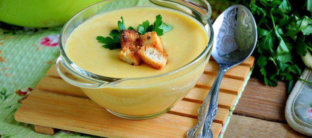Суп-пюре из кабачков и шампиньонов: идеальное блюдо к обеду
