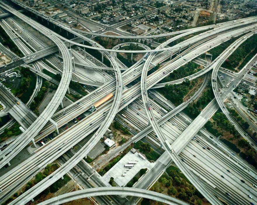 Самые сложные перекрестки даже для самых опытных водителей