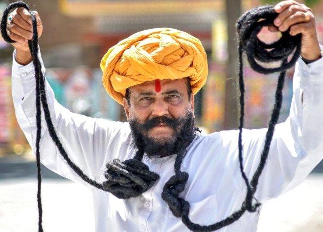 Житель Индии отрастил шестим…