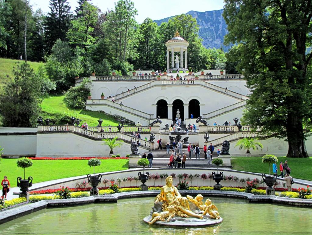 Парк замка Линдерхоф (Германия)