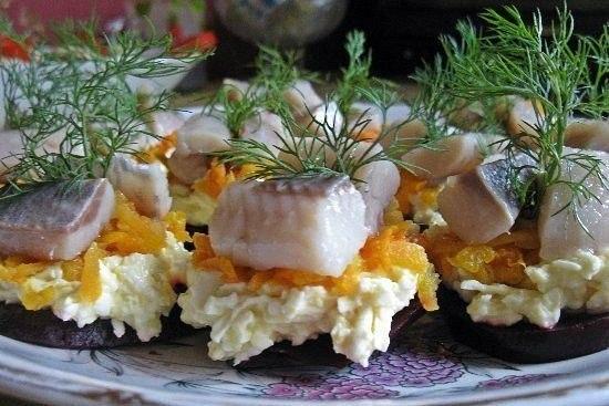 Порционная закуска с селёдочкой