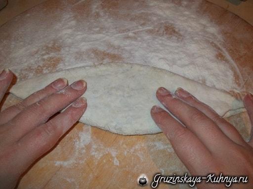 Дрожжевые пирожки с грибами по-грузински (6)