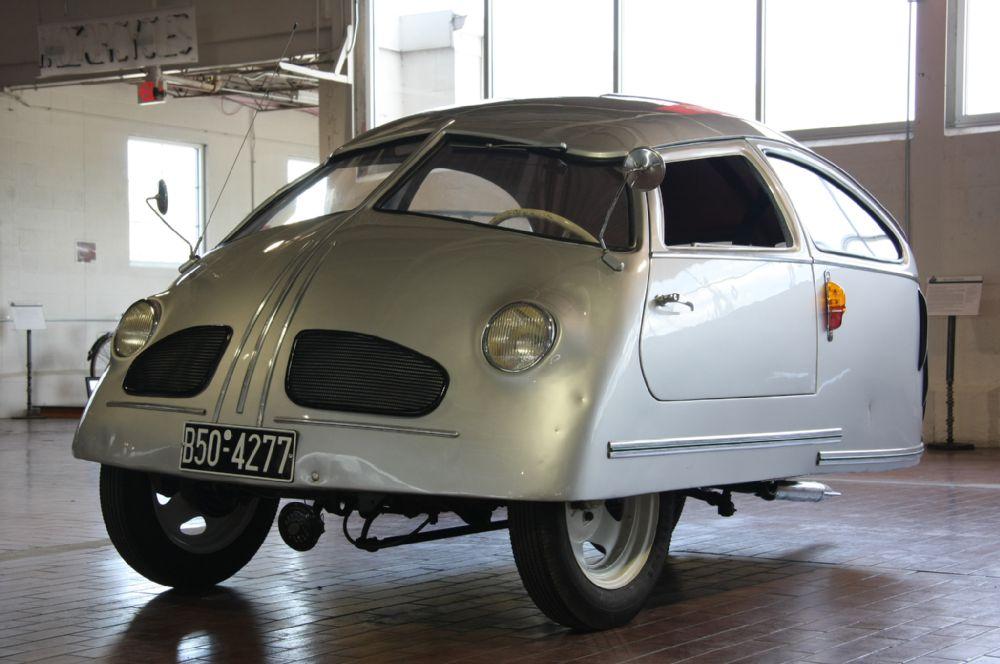 Одна из самых неудачных машин за всю историю