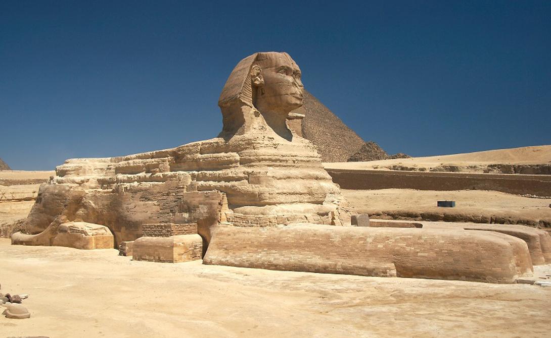 Голова и тело У египтян имелось свое собственное представление о месте царей в небесной иерархии. Бога изображали как человека с головой зверя, фараона же, напротив, часто рисовали как зверя с головой человека.