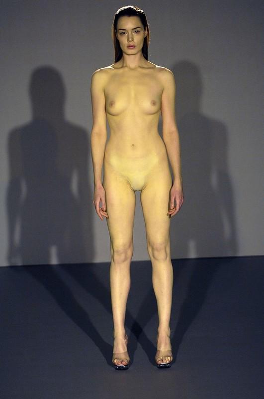 некоторым голые модели на подиуме онлайн хозяйка нашла себе
