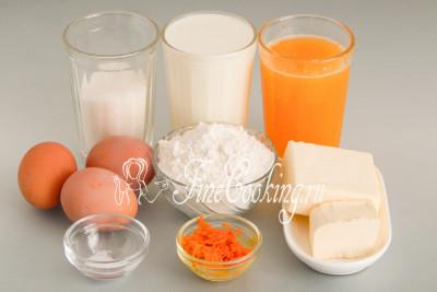 Для приготовления этих вкусных, нежных и ароматных десертных блинчиков нам понадобятся следующие ингредиенты: молоко любой жирности (я использую 2,8%), мука пшеничная высшего сорта, куриные яйца среднего размера (45-55 граммов каждое), качественное сливочное масло (жирностью не менее 72%), натуральный апельсиновый сок, цедра апельсина и соль