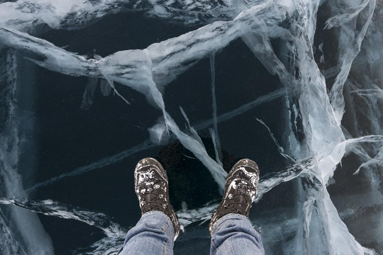 Красота замерзшего озера Байкал (20 фото)