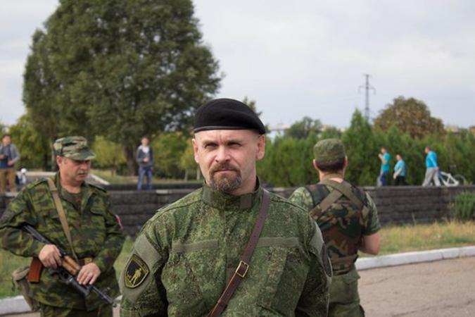 СМИ: В Донбассе погиб команд…