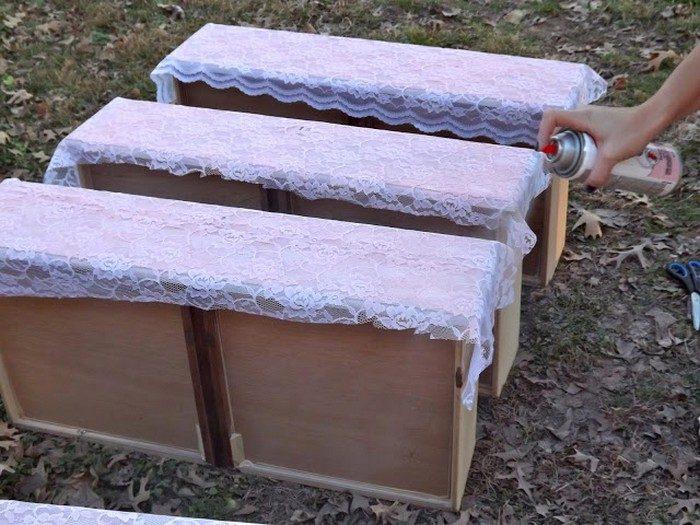 Ремонт мебели по цене баллончика с краской и отрезка ткани