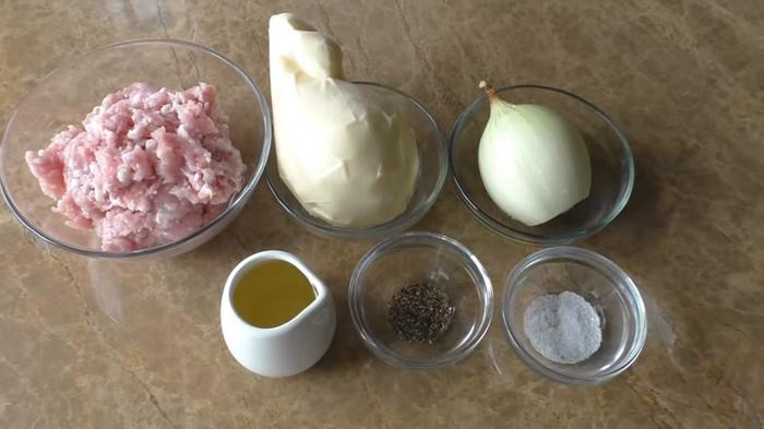 Кабачковый рулет с фаршем закуски,кабачковый рулет,мясные блюда,овощные блюда