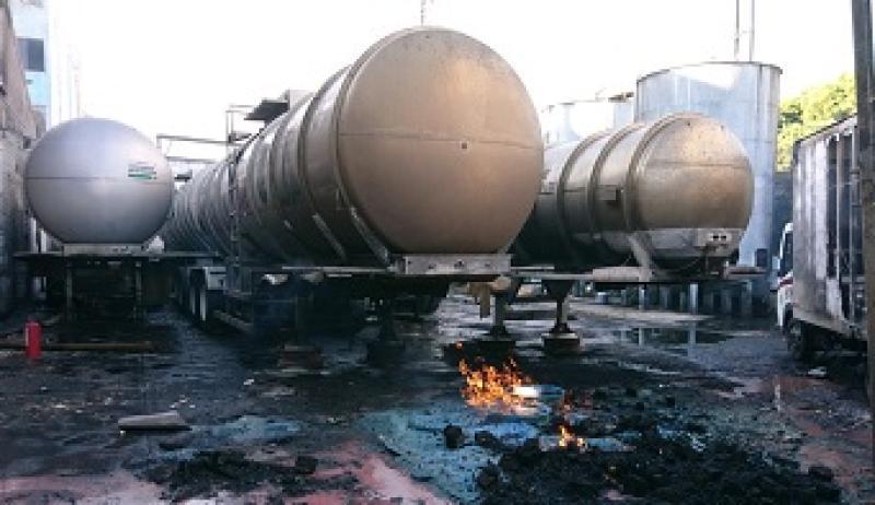 Сильный взрыв прогремел на фабрике по выпуску алкогольной продукции