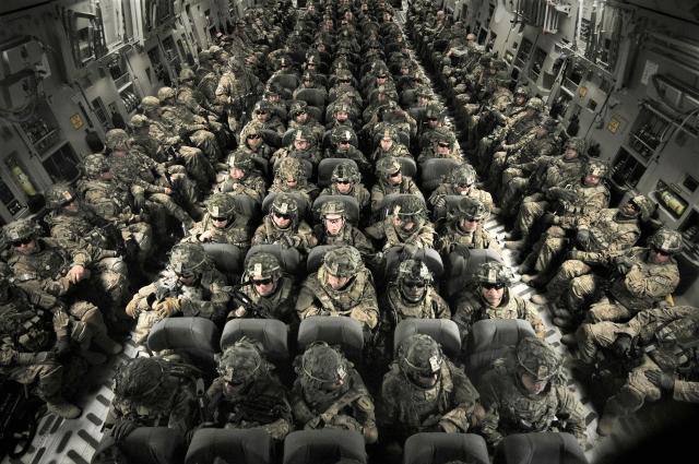 Президент Польши попросил прислать в страну еще больше военных США