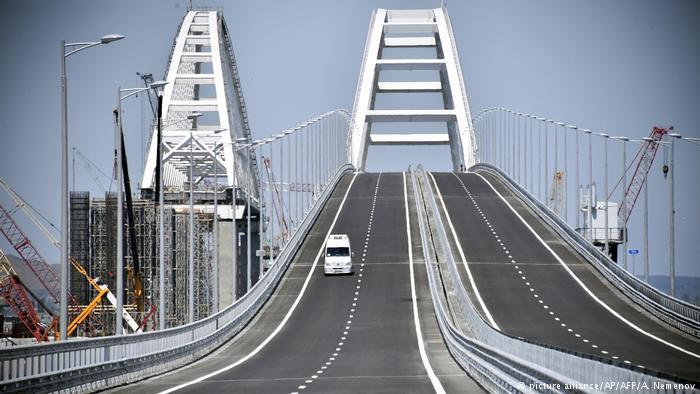 Керченский мост спас Крым от…