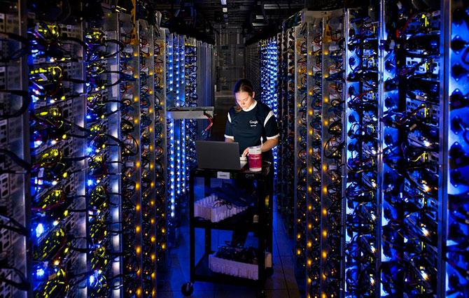 Где живет Интернет