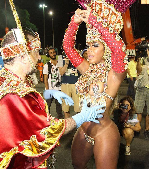 Разврат на бразильских карнавалах