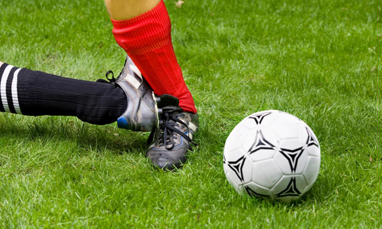 Захар Прилепин: Сбитым над Украиной Боингом хотят сбить наш чемпионат по футболу