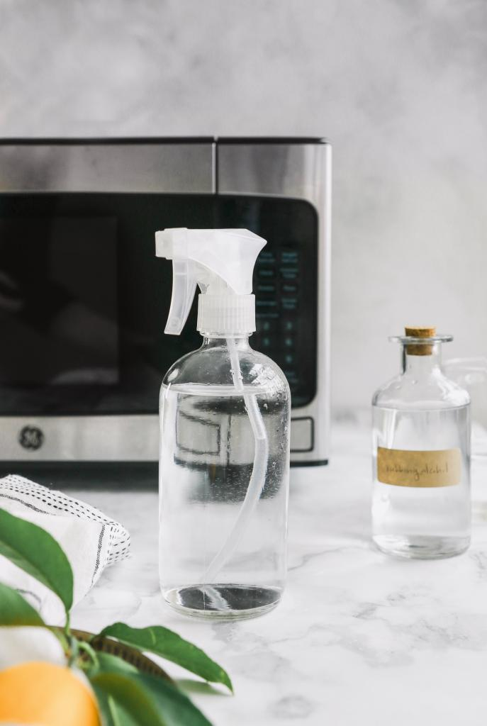Средство из двух ингредиентов хорошо очищает нержавеющую сталь: простой рецепт полезные советы,уборка