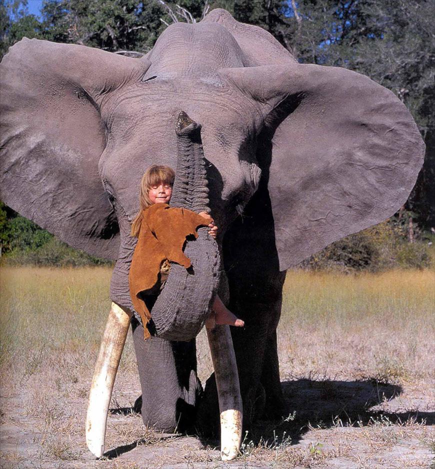 Жизнерадостная Типпи! Необычная девочка прожила годы с дикими животными