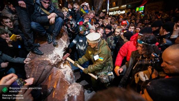 Вашингтон поставил Украину на колени: мир обсуждает фильм про Майдан