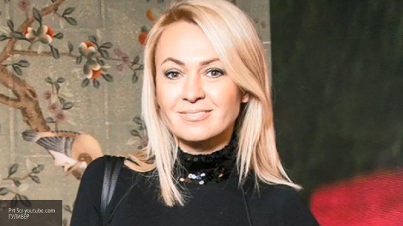 Яну Рудковскую раскритиковали в Сети за слишком короткое платье