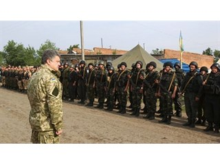 Порошенко готовят в сакральные жертвы Путина