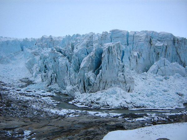 Гренландские ледники тают и …