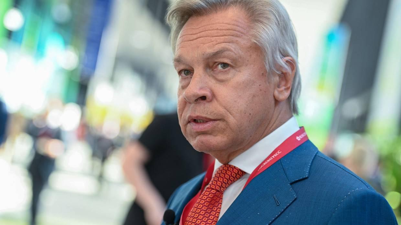 Пушков обвинил Киев в наглости из-за угроз по поводу сделки «Газпрома» с Венгрией Политика