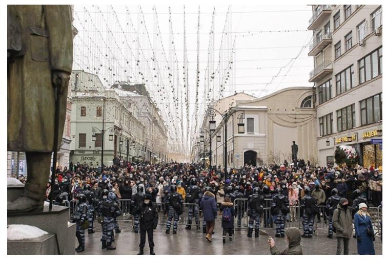 В Самаре студентам и преподавателям госуниверситета официально запретили ходить на митинги власть,митинги,общество,россияне