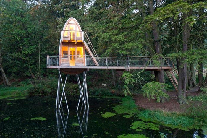 Мечта рыбака - домик на пруду