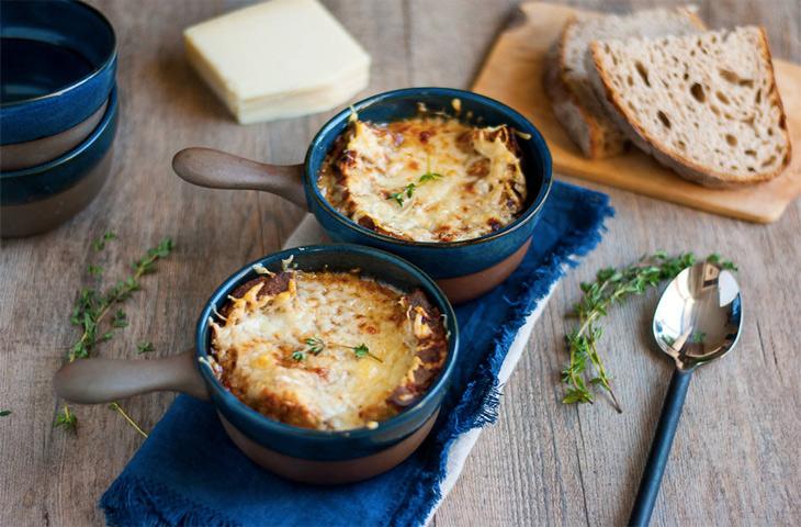 6 секретов настоящего лукового супа