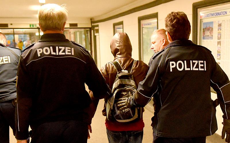 """""""Я боюсь свою милую соседку"""": Не спешите переезжать в Германию, пока не узнаете главное геополитика"""