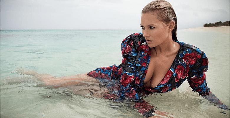 Кейт Мосс снялась в пляжной …