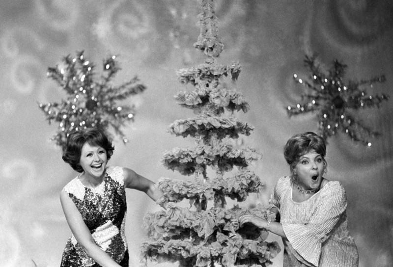 Ностальгия: новогодние фото советских знаменитостей