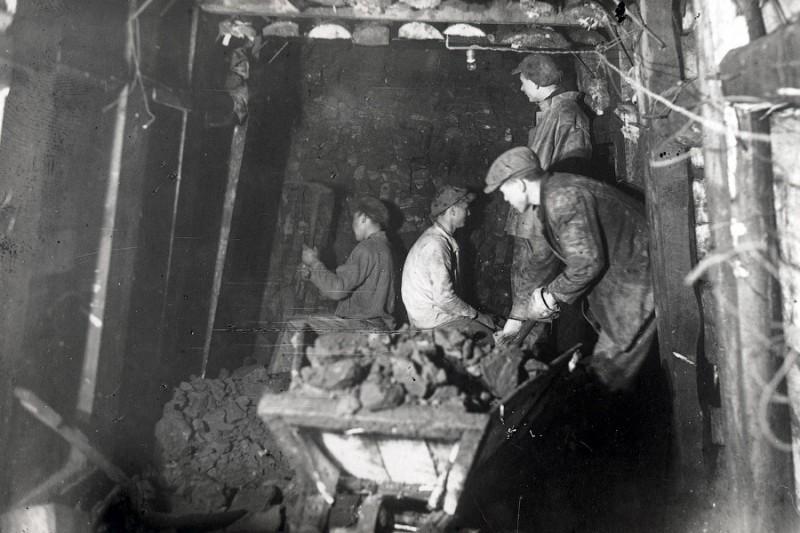 Как строили первую очередь Московского метрополитена