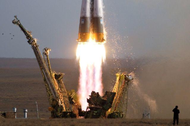 Ракета-носитель «Союз» успешно вывела четыре спутника связи на орбиту