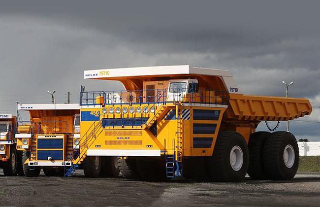 БЕЛАЗ установил мировой рекорд грузоподъемности 450 тонн! В разработке грузовики грузоподъемностью 500 и 600 тонн!! авто, автобус, беларусь, грузовик, маз, факты