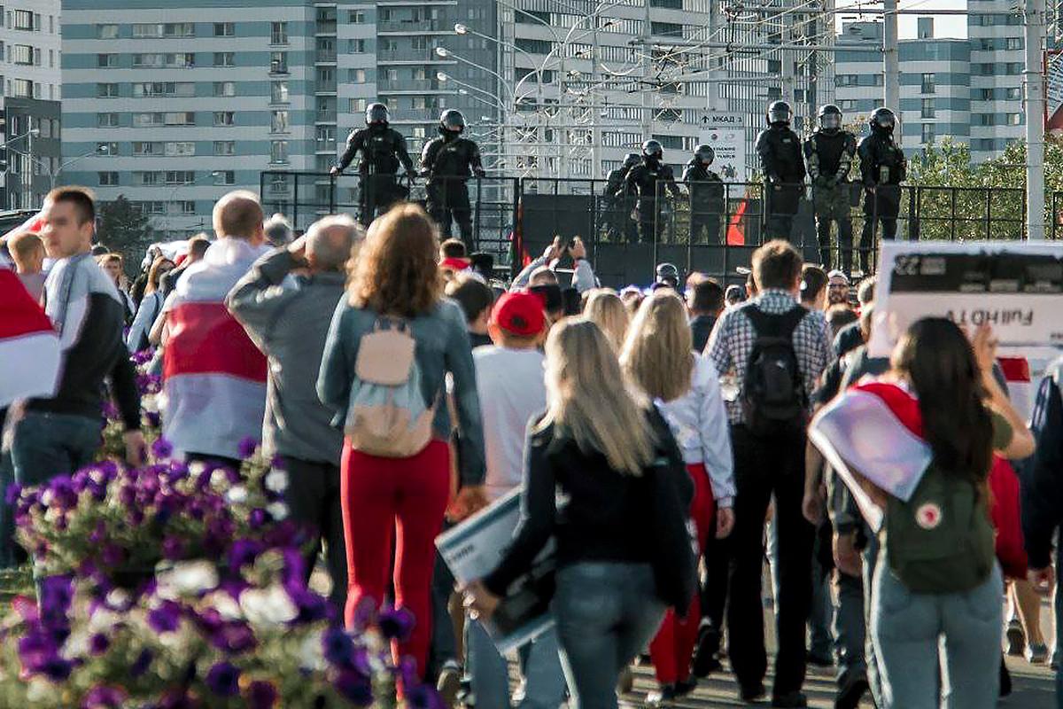 Десятки задержанных на акциях в Белоруссии отпустили из СИЗО