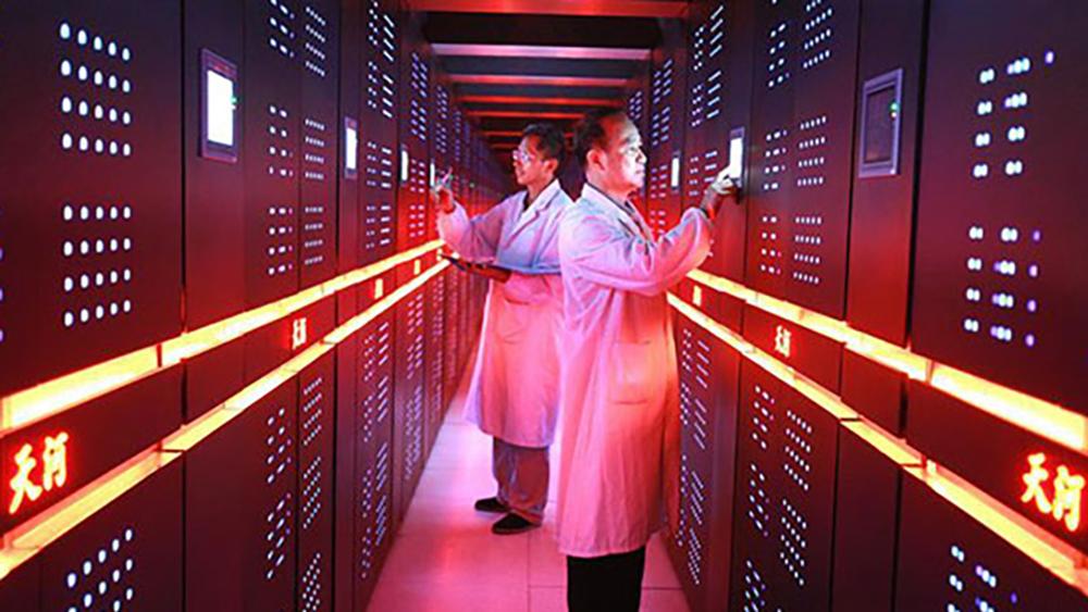 Самый быстрый компьютер в мире остановили из-за взрывов в Китае