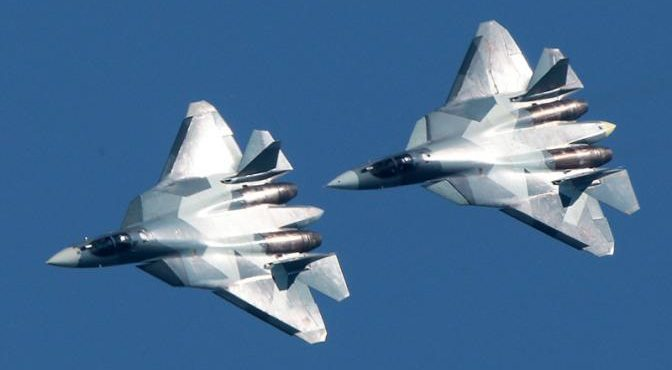 Су-57 в небе Сирии: F-22 спасаются бегством