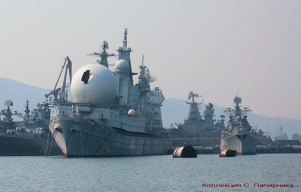 Атомный корабль радиоэлектронной разведки ССВ-33 «Урал»