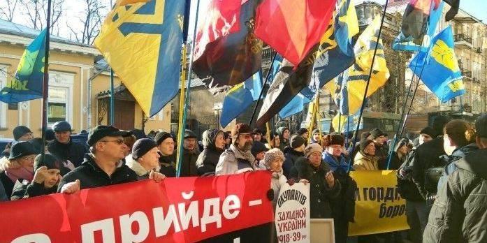 Как и почему Харьков остался…